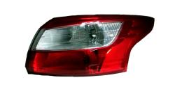 Фонарь правый наружний Ford Focus III (2011-2015)